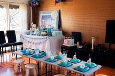 Emma's Ever-So-Sweet Frozen Themed 3rd Birthday Party | CatchMyParty.com