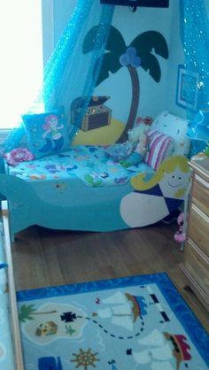 Hand Maid Mermaide bed for toddlers...