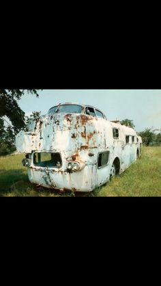 Abandoned. I'd love to have this and a couple hundred grand. This could be awesome.