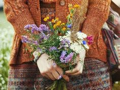 Lovely Smile, Flower Power, Floral Wreath, In This Moment, Fall, Flowers, Autumn Fashions, Women, Nice Asses