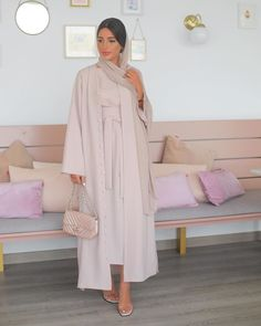 Fashion Tips Ideas .Fashion Tips Ideas Modern Hijab Fashion, Street Hijab Fashion, Hijab Fashion Inspiration, Abaya Fashion, Muslim Fashion, Modest Fashion, Fashion Dresses, Modest Dresses, Modest Outfits