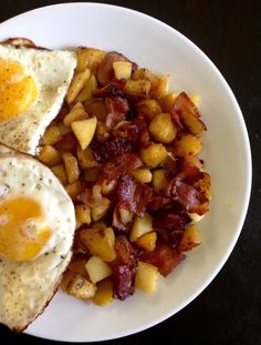 Sweet plantain apple bacon hash, paleo and whole30 friendly. Features pink lady apples, caramelized plantains, and sugar free bacon.