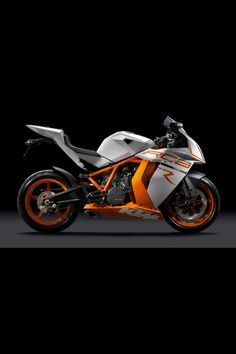 KTM RC8 - please excuse me while I wipe the drool from my face. You might be new to Motorcycles KTM but GOT DAMN you're good! I'd trade in my ninja lol