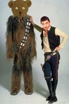 Star Wars' Han Solo (Harrison Ford) and Chewbacca the Wookie. Star Wars Disney, Film Mythique, Han Solo And Chewbacca, Han Solo Vest, Star Wars Episoden, Star Wars Han Solo, Alec Guinness, Mr Bean, Episode Iv