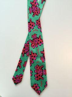 Memphis necktie. Design Ettore Sottsass troligen. 1980-talet senare del.
