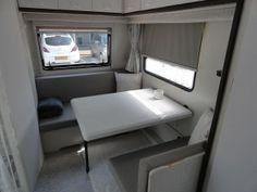Wit grijs caravan 3