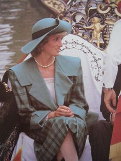 On May 6, 1985 the Princess of Wales went for a gondola ride in Venice, Italy.