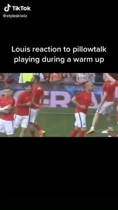 One Direction Jokes, One Direction Images, I Love One Direction, Louis Tomlinsom, Never Forget You, Louis Williams, Film Aesthetic, Funny Laugh, First Love