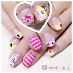 Great Nails, Cute Nail Art, Nail Art Diy, Love Nails, Garra, Alice In Wonderland Nails, Frozen Nails, Anime Nails, Summer Toe Nails