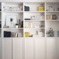 Ikea Billy Bookcase, Built In Bookcase, Living Room Kitchen, Living Room Bedroom, Libreria Billy Ikea, Ikea Built In, Ikea Inspiration, Home Libraries, Room Shelves
