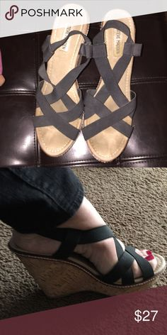 Steve Madden Wedges Steve Madden Wedges size 10 Steve Madden Shoes Wedges