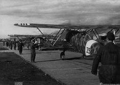 Albania, primavera 1941. Decollo di Fiat Cr.42 Falco  della 394a squadriglia (160° gruppo autonomo)