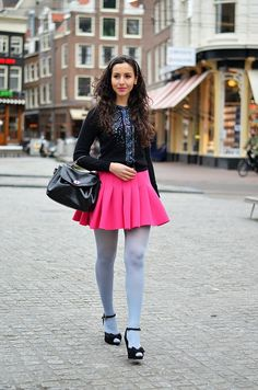 Hi lovelies! My baby blue muffin outfit hihi :). You either love or hate this look. Cute Skirt Outfits, Hot Outfits, Cute Skirts, Girl Outfits, Mini Skirts, Pleated Skirts, Short Skirts, Colored Tights Outfit, Blue Tights