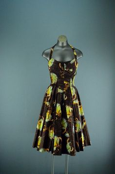 Amazing 1950s Alfred Shaheen pin up dress size by melsvanity