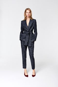 Escada Pre-Fall 2016 Fashion Show Collection Fall Fashion 2016, Work Fashion, High Fashion, Fashion Show, Autumn Fashion, Fashion Outfits, Womens Fashion, Fashionable Outfits, Dressy Outfits
