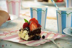 Chokolade Lagkage og hjemmebagte lagkagebunde - Opskrift
