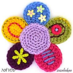 Instructions - Flower (Application) So cheery! Crochet Home, Knit Or Crochet, Crochet Motif, Crochet Doilies, Crochet Baby, Knitted Flowers, Crochet Flower Patterns, Flower Applique, Knitting Patterns
