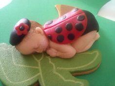 """I ADORE this precious fondant cake/cupcake topper <3 (2.5""""L x 1.5""""W x 1""""H)"""