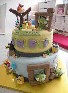 Inspiration - Angry Bird Cake by Cake Girl Fondant, Bird Cakes, Cupcake Cakes, Cute Cakes, Yummy Cakes, Beautiful Cakes, Amazing Cakes, Bird Birthday Parties, Birthday Cakes