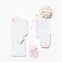 These Noppies baby basics are not-to-be-missed items on your checklist! | Noppies baby collection | #babynos #neveroutofstock #babybasics #newborn #babygirl #girlswear #dots #prints #noppies