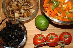 You will find here various recipes mainly traditional Romanian and Mediterranean, but also from all around the world. Paste, Salads, Traditional, Cookies, Chicken, Meat, Recipes, Food, Kitchens