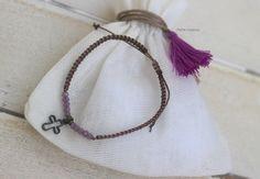 Pulsera cruz vintage ideal para regalar en comuniones, bautizos...