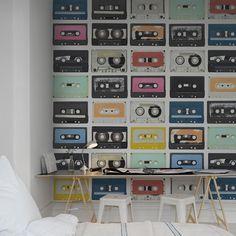 Rebel Walls foto behang interiors wallpaper behang woonkamer behang slaapkamer #trendy #interieurtrends mixed-tape