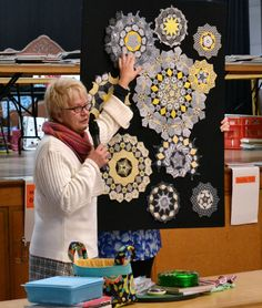 Millefiore Quilts presentation to Capital Quilters Millefiori Quilts, Paper Pieced Quilt Patterns, Kaleidoscope Quilt, Japanese Quilts, Hexagon Quilt, English Paper Piecing, Quilting Projects, Quilting Ideas, Quilt Blocks