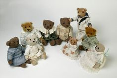 teddy bear (Teddy bear), ca. Mohair plush teddy bear probably made in Germany about Museum Number Teddy Bear Hug, Vintage Teddy Bears, Doll Display, Cute Bears, Beautiful Clothes, Educational Toys, Hugs, Kids Toys, Two By Two