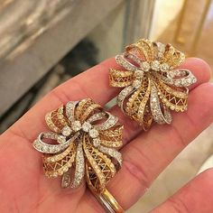 Van Cleef & Arpels Retro Gold and Diamond 'Dentelle' Ear Clips, c.1940 #FDGallery