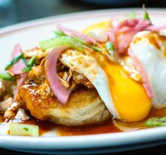 Breakfast / #Brunch dish fit for any day of the week!  This was the Creole #crab #crumpets with poached #eggs topped w pickled red onions and celery  Available at the lovely @littlegoatdiner #Chicago . . #chicagoeats #breakfast #eatfamous #bestfoodworld #buzzfeast #feedfeed #forkyeah #EEEEEATS #dailyfoodfeed #foodie #f52grams #foodiegram #fdbloggers #lovefood #forkfeed #instafood #lefooding #huffposttaste #eatmunchies