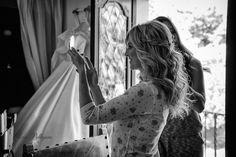 KENYA Semirrecogido de novia con trenzas Masía Torreblanca, Sitges Eva Pellejero Dreadlocks, Hair Styles, Sitges, Beauty, Daytime Wedding, Cornrows, Faces, Hairdos, Trends