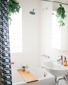 Forever aspiring for s i m p l e. I love the calm + clean feel of this bathroom from Pinterest ⠀⠀⠀⠀ Whether you're on a path towards minimalism, zero waste, or just trying to live a more intentional life - remember - it's a journey. Nothing happens over night. At least nothing totally sustainable. Small adjustments in your day to day life + home will bring you closer to your goal. Don't get discouraged, just keep working at it and one day you'll get there. Enjoy the process. You'll…