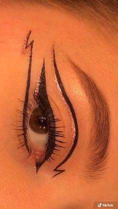 Edgy Makeup, Makeup Eye Looks, Eye Makeup Art, Colorful Eye Makeup, Skin Makeup, Makeup Inspo, Eyeshadow Makeup, Makeup Inspiration, Crazy Eye Makeup