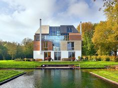 house-with-many-facades-1.jpg