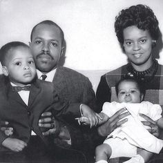 The Robinson family. The baby girl is the first lady, Michelle Obama.