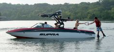 New 2014 Supra Boats Sunsport 242 Ski and Wakeboard Boat Photos- iboats.com