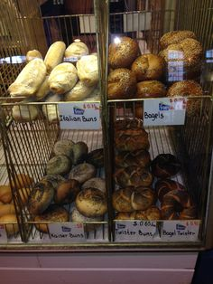 frit St Lawrence Market, Bagels, Breads, Stuffed Mushrooms, Healthy Recipes, Vegetables, Food, French Fries, Bread Rolls
