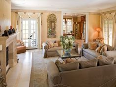 Mischa Barton foreclosed Beverly Hills home