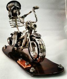 Check out this item in my Etsy shop https://www.etsy.com/listing/216443927/custom-made-scrap-metal-art-harley