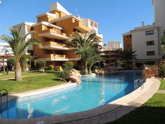 Ref 363 - 2 Slaapkamer Appartement in Punta Prima - €600,- per maand. Punta prima is gelegen aan de kust bij Torrevieja, Costa Blanca.