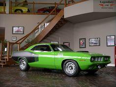 1971 Hemi Barracuda. i should paint my car like this