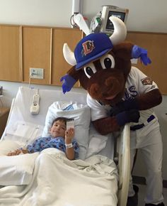 We spent this morning escorting our favorite bovine Wool E. Bull around North Carolina Children's Hospital to see some brave kids. Our friend Dylan was even kind enough to snap a photo for us! Special thanks to the Durham Bulls Baseball Club for their support of our work. #mefine