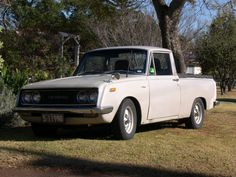 vintage toyota RT46 corona ute  owned it for years  started the link with rare toyotas  loved it  sad to see it go