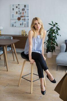 top / bluzka - COS trousers / spodnie - MLE Collection (kolekcja jesień/zima) flats / baletki - Pretty Ballerinas bag / torebka - Zara  Jest to…