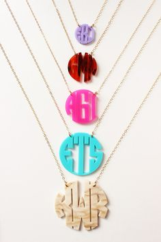 Our Moon And Lola acrylic monogram necklaces are BEST sellers at Three Hip Chicks! 5 sizes to choose from and lots of acrylic colors including NEW metallic gold and silver! Monogram Jewelry, Monogram Necklace, Monogram Gifts, Personalized Necklace, Personalized Items, Laser Cut Jewelry, Necklace Sizes, Boutique, Plexus Products