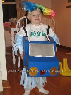 Easy and Cheap Homemade Costume Idea: Car Wash! ... This website is the Pinterest of costumes