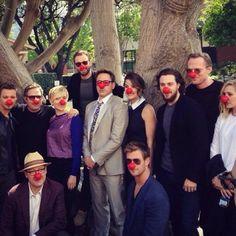 Avenger: Age of Ultron cast ( Red Nose Day ) Avengers Humor, Avengers Fan Art, Avengers Imagines, Avengers Cast, Marvel Memes, Marvel Avengers, Age Of Ultron Cast, Latest Celebrity Gossip, Aaron Taylor