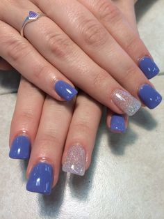 Acrylic nails with shellac