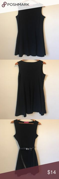ASOS BOOHOO BLACK SKATER SWING DRESS Worn a handful of times. 0 signs of wear. Worn as an oversized dress. Listed as size 12 if you would like it form fitting it is true to size. Best for those 5'6 and under. As you can see I am 5'8 and typically a size 10. It fits very cute oversized but just a bit too short for comfort with my height and bust. You can also wear oversize with a belt and a longline cardigan for a perfect stylish outfit. ASOS Dresses Mini